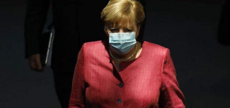 Merkel'in Partisi Salgın Nedeniyle Kurultayı İptal Etti