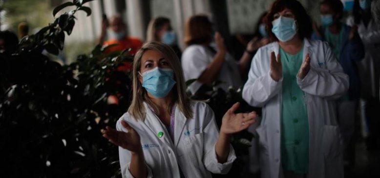 İspanya'da sağlık çalışanları artan sorunlara karşı eylem yaptı