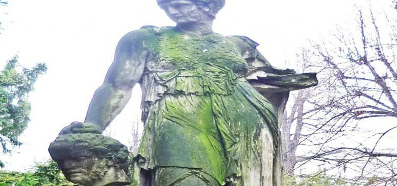 Tomris Hatun'a Dresden'de Rastlamak