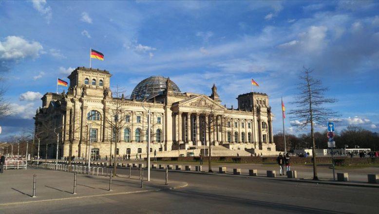 Ülkücü Hareket Almanya'da yasaklandı