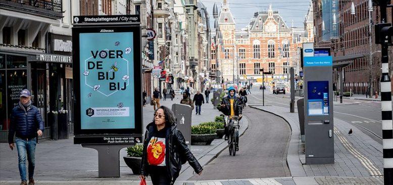 Hollanda'da Kovid-19 nedeniyle ek önlemler açıklandı