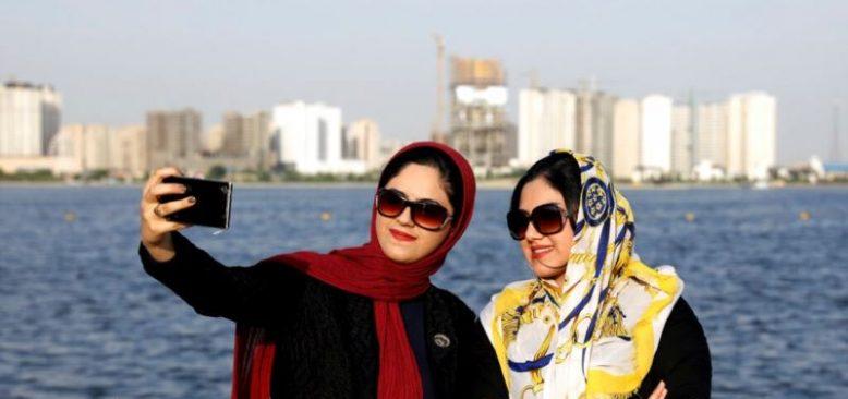 İranlı Aktivist Sınırdışı Edilirse 12 Yıl Hapis Yatabilir