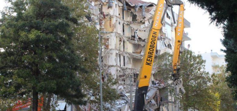 İzmir Depreminde 11 Kişiye Gözaltı Kararı
