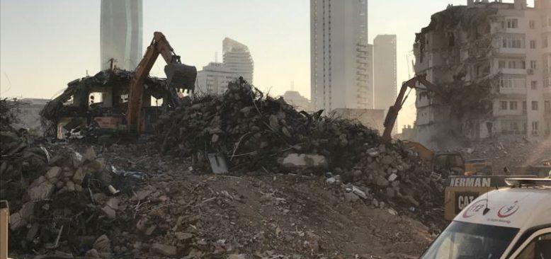İzmir'de Deprem Bölgesi Hayalet Kent Oluyor