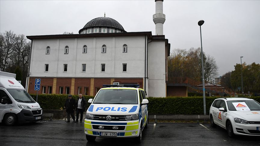 İsveç'te camiye içinde şüpheli beyaz toz bulunan mektup gönderildi