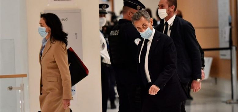 Sarkozy rüşvet suçlamasıyla hakim karşısında