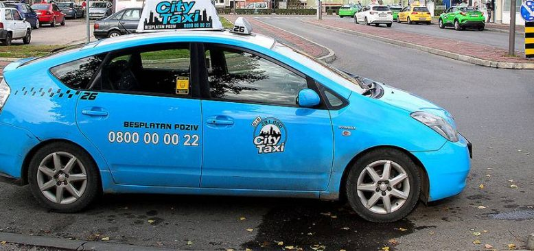 Altı dil bilen turizmci salgın döneminde turist olmayınca taksici oldu