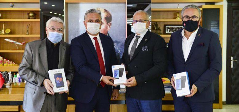 ANSİAD ve Diana Tur'dan İmece Tablet Kampanyasına destek