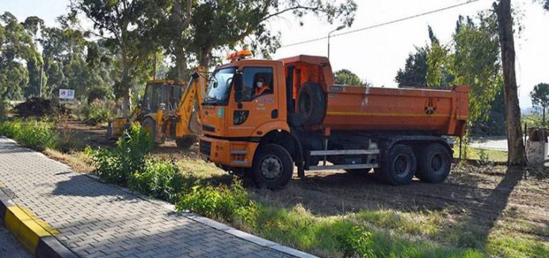 Turizm merkezlerindeki yol güzergahlarından 45 ton çöp toplandı