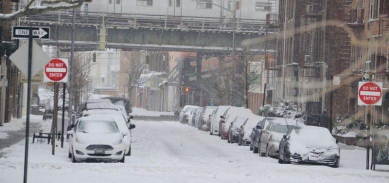 ABD'nin Doğusunda Etkili Olan Kar Fırtınası Can Aldı