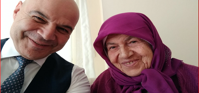 Gazeteci Mesut Yeter`in annesi Belkıs Yeter Hakk`a yürüdü