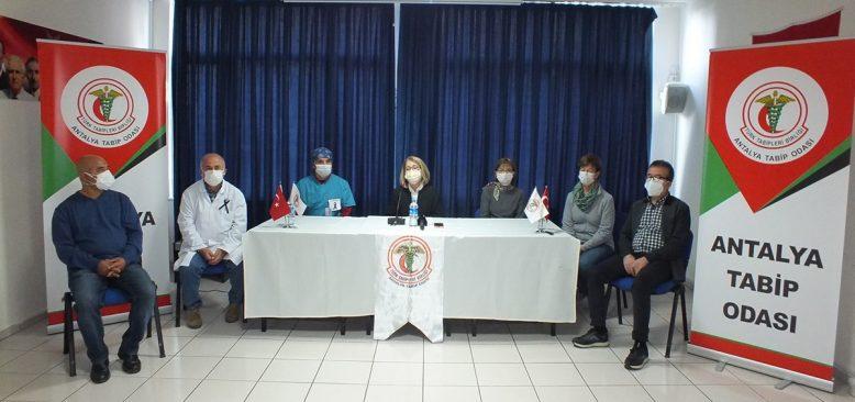 Antalya'da kamu hastaneleri bazı ameliyatları durdurdu