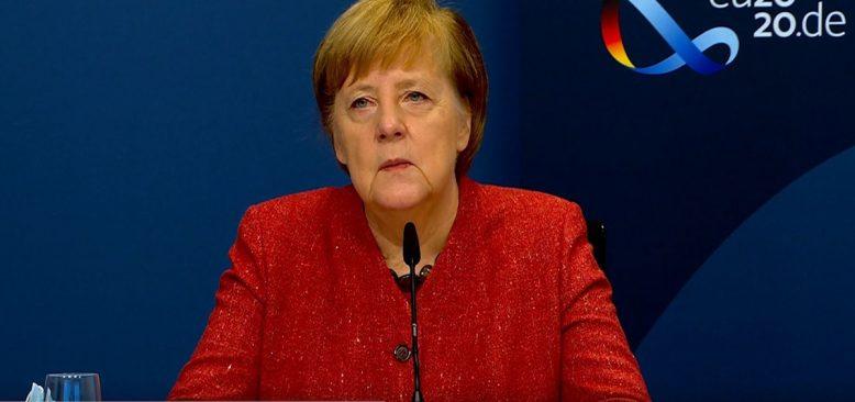 Merkel, Metropol FM ve Türklerin sorularını yanıtladı