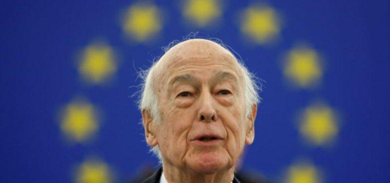 Fransa Eski Cumhurbaşkanı Giscard d'Estaing Corona'ya Yenildi
