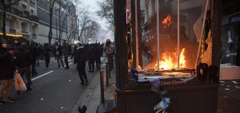 Fransa'da güvenlik yasa tasarısına karşı eylemlerin sürdürülmesi çağrısı