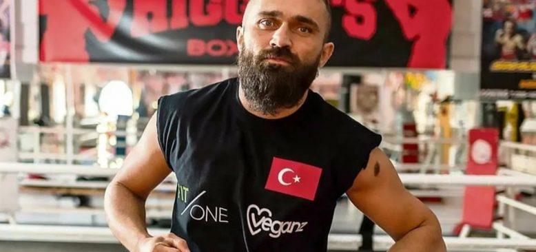 Boksör Ünsal Arık'a bıçaklı saldırı düzenlenmiş