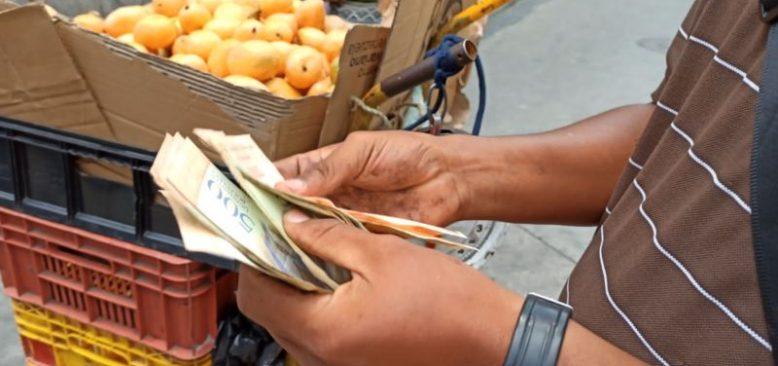 Latin Amerika'da Kağıt Para Kullanımı Azaldı