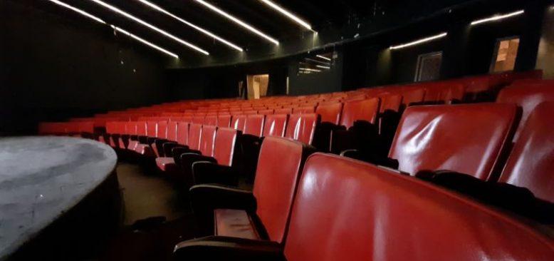Pandemide Ankara Sanat Tiyatrosu Ayakta Kalma Çabasında