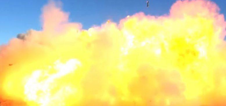 SpaceX'in Uzay Aracı İlk Denemesinde İniş Sırasında İnfilak Etti