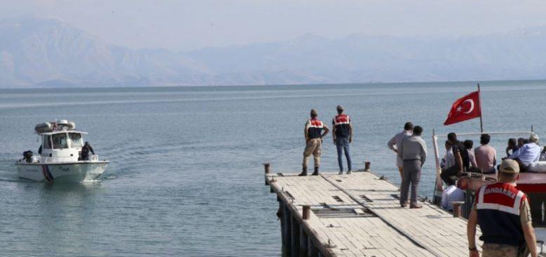 Van'daki Tekne Faciasıyla İlgili 12 Kişiye Dava Açıldı