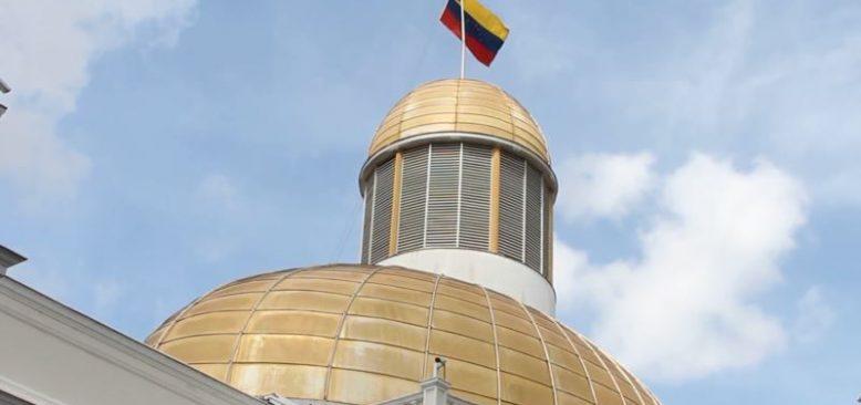 """Venezuela'da Yeni Kriz: """"Seçim mi Halkoylaması mı?"""""""