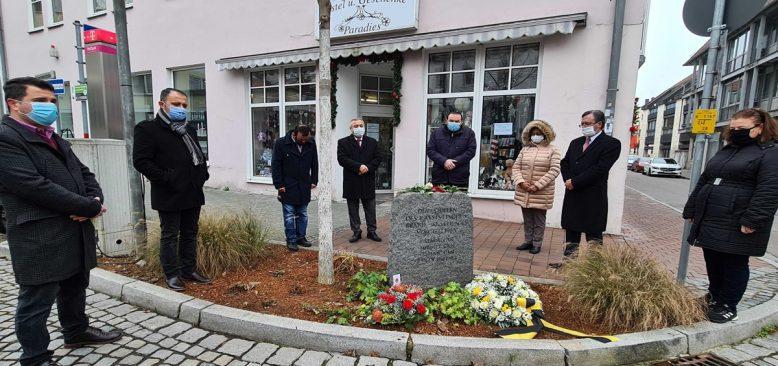 Schwandorf kurbanlarına iki minik anma töreni