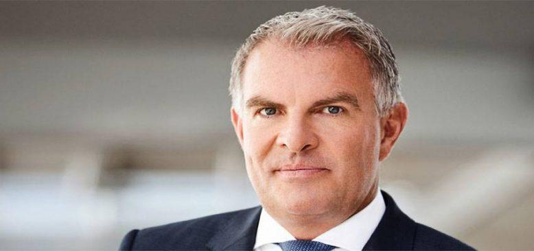 Lufthansa patronu Spohr gözünü turistlere dikti