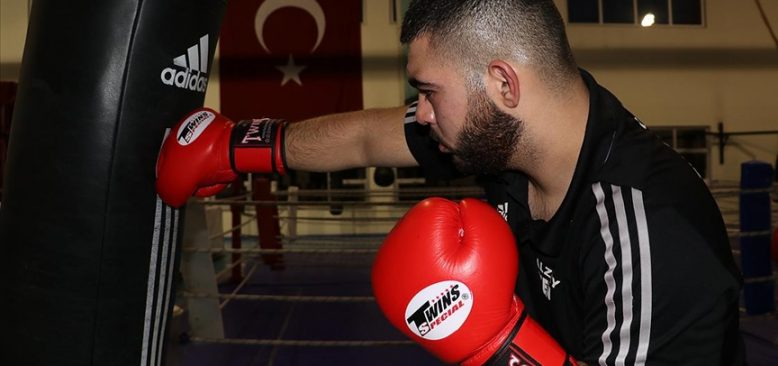 Gurbetçi boksör yumruğunu Türkiye için sallayacak