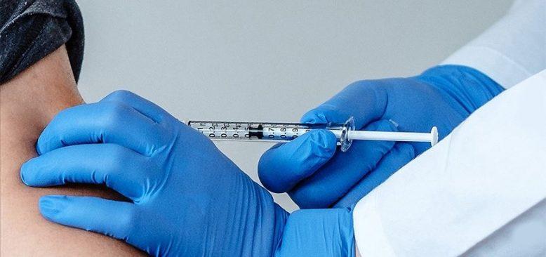 'Sağlık personeline Kovid-19 aşı zorunluluğu' tartışmaları