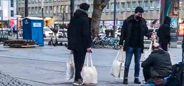 """Gençlerden """"Soğuk Bir Günde, Sıcak Bir Yardım"""" kampanyası"""