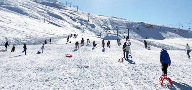 Antalya Saklıkent'te kayak keyfi yaşanıyor