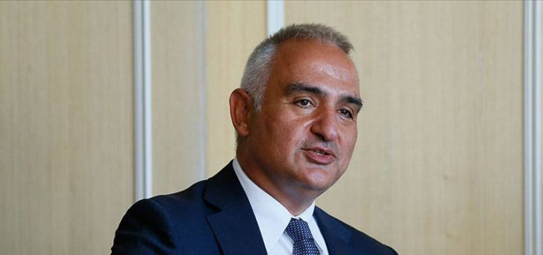 Bakan Ersoy: 2021'de 31 milyon turist hedefi