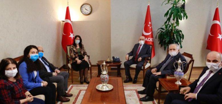 """HDP """"Demokratik Siyaset"""" Talebiyle Ziyaretlere Başladı"""