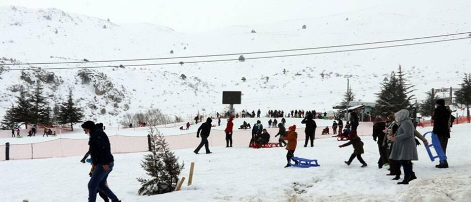 Kış turizminin yükselen değeri Davraz konuklarını bekliyor