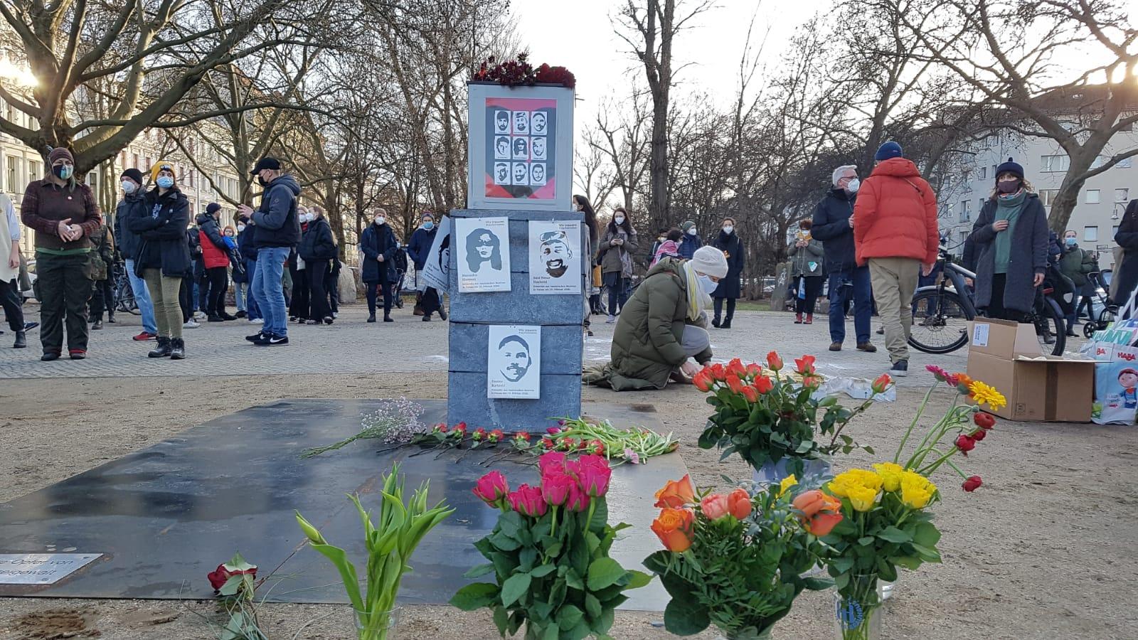 Hanau Katliamı Kurbanları Berlin'de Anıldı