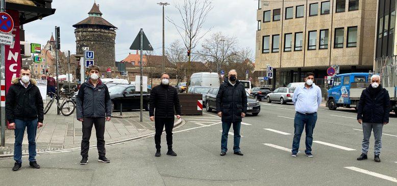 Türk toplumu Korona kurbanları yasını tutuyor