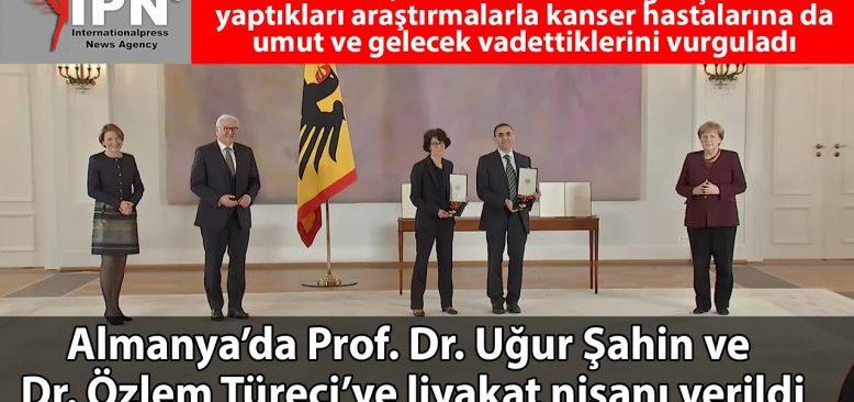 Prof. Dr. Uğur Şahin ile Dr. Özlem Türeci'ye liyakat nişanı verildi