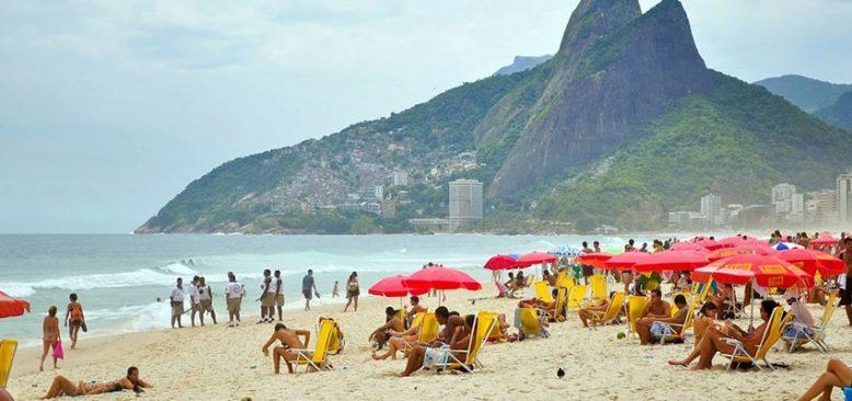 Dünya pandemiden kurtulamıyor : Rio plajları geçici olarak kapatıldı