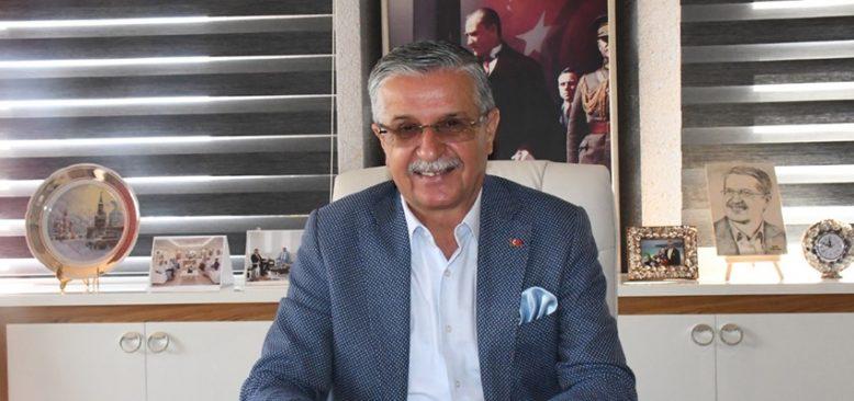 """Kemer Belediye Başkanı Topaloğlu'ndan """"Aşı"""" Teşekkürü"""