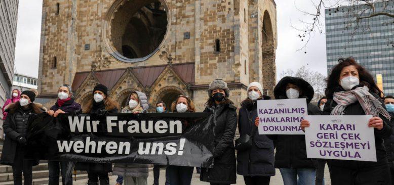 Berlin'de İstanbul Sözleşmesi protestosu