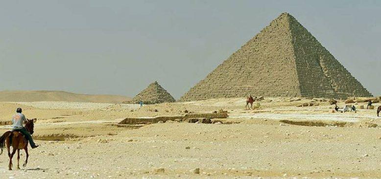 Mısır piyasalara iddialı olarak geri dönüyor, yeni uçak şirketleri de kurulma aşamasında