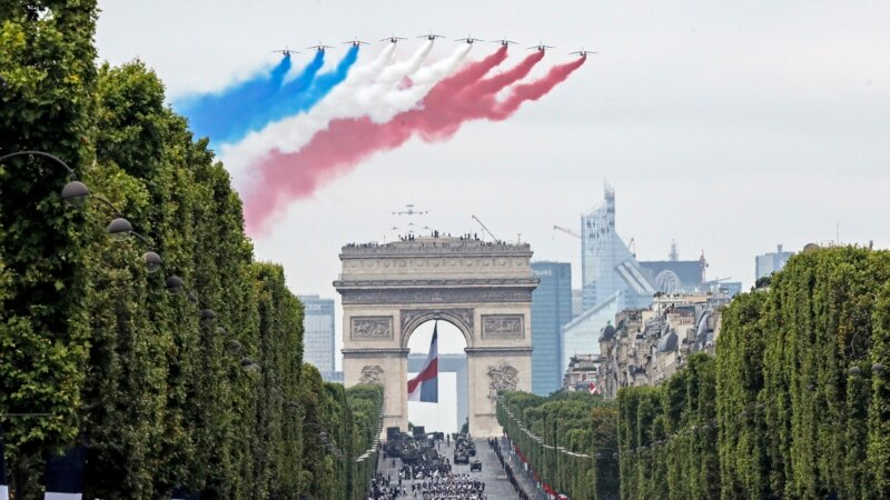 Fransa'da Generallerin Bildirisi Tartışma Yarattı
