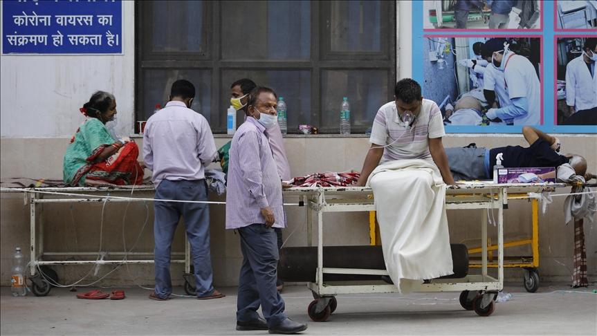 Hindistan'da günlük Kovid-19 vaka sayısında yeni bir rekor kırıldı