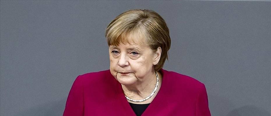 Merkel yoğun bakımdaki doktorların 'yardım' çağrılarının duyulmasını istedi
