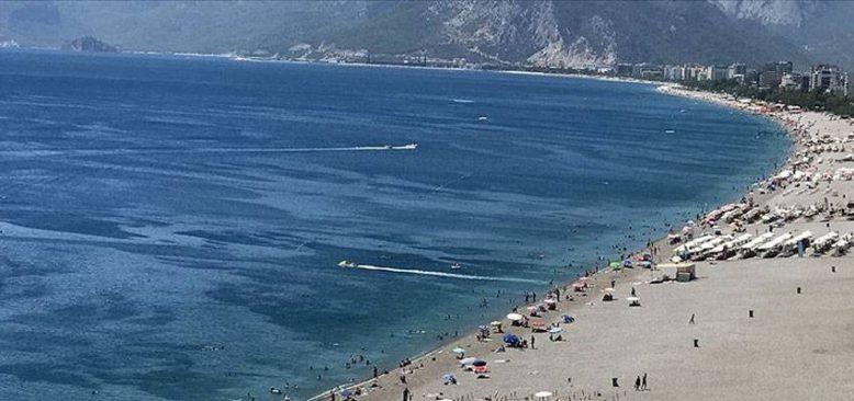 Turizmciler 'tam kapanmanın' yaz aylarında turizme ivme kazandıracağına inanıyor