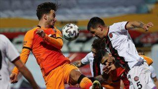 Galatasaray sezonu ikinci sırada bitirdi