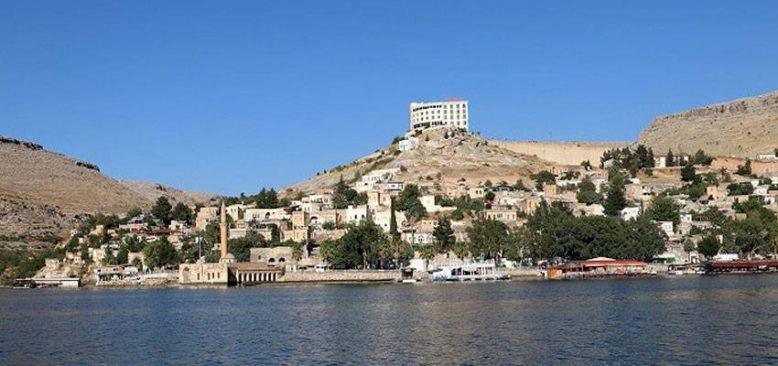 Sakin şehir Halfeti'nin taş konakları turizme kazandırılıyor