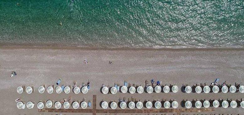 Turizmciler vaka sayılarının düşmesiyle bu sezon hedeflerine ulaşılacağına inanıyor