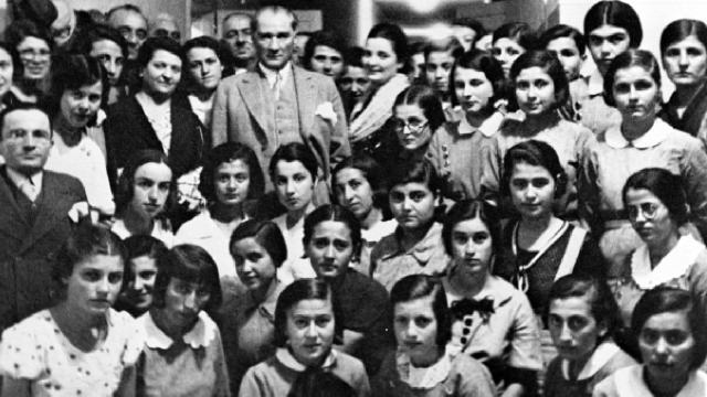 Avustralya Parlamentosundan Atatürk'e ve Türk toplumuna övgü