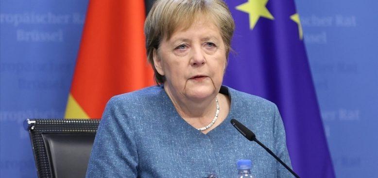 Angela Merkel'den uyarı: AB bölünmemeli